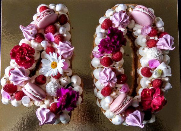 "Number cake fruits rouges <div style=""font-size:18px"">(12 Parts)</div> number cakaes"